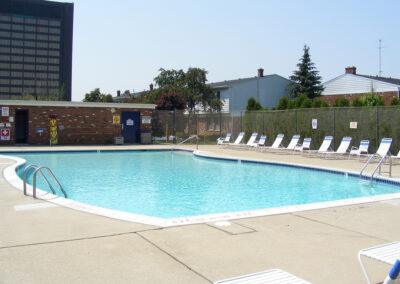 Fountain Park Apartment Pool