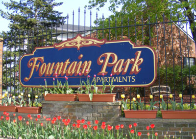 Entrance sign at Fountain Park Apartments